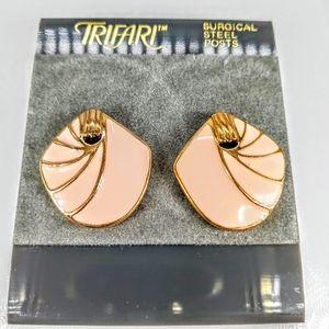 Vint. Trifari Lotus Earrings NWT